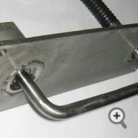 Sensor for clay, silicate paste or sand for mounting on transfer conveyor